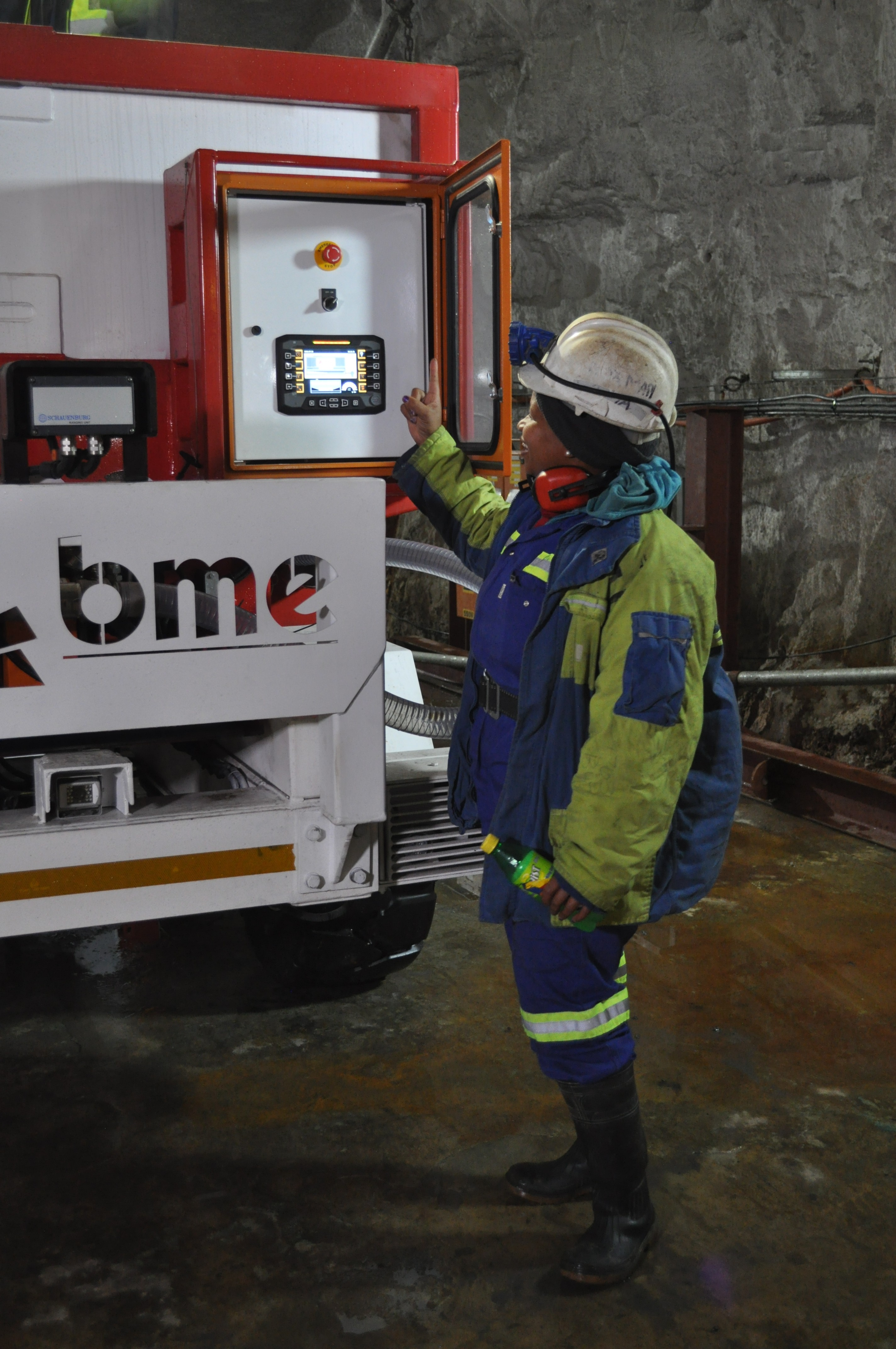 All BME emulsion delivery equipment is fitted with electronic control and information systems for the reporting of daily blasting activities