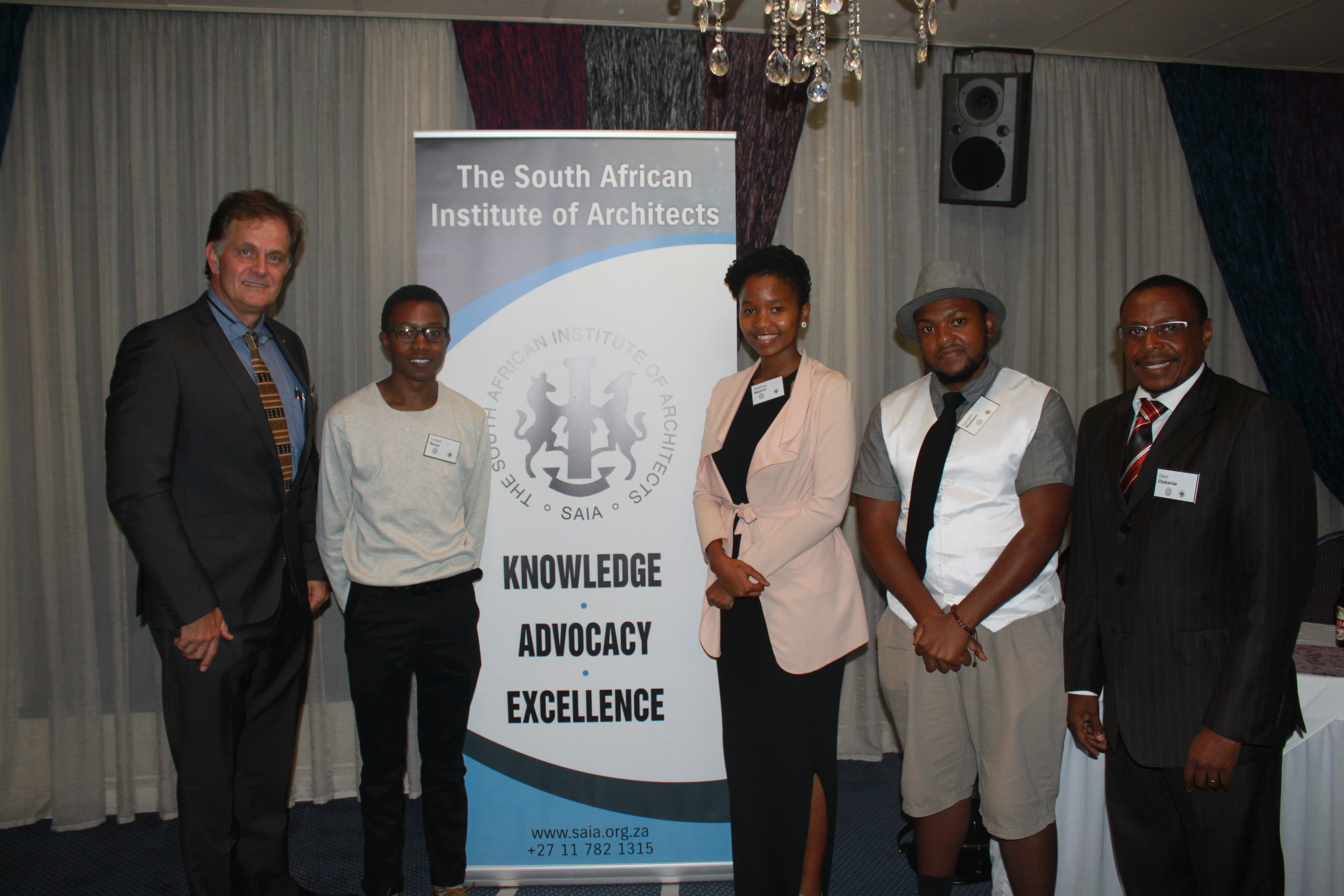 Image: (From left: Mr Kevin Bingham, SAIA president, Mr Lindelo Nzuza (student), Ms Nwabisa Madjibi (student), Mr Kgaogelo Mashego and SAIA CEO, Mr Obert Chakarisa).