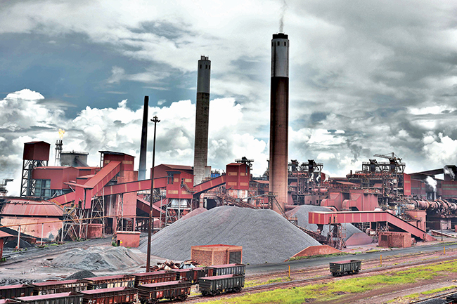 Image: Steel mining