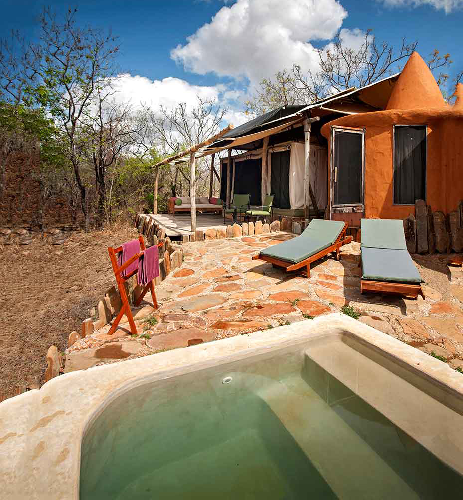 Image: Azura Selous -tented villa with pool