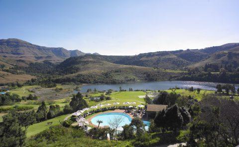 Image: Pool at the Southern Sun Timeshare Resort Drakensburg