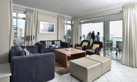 Image: The Peninsula - lounge living area